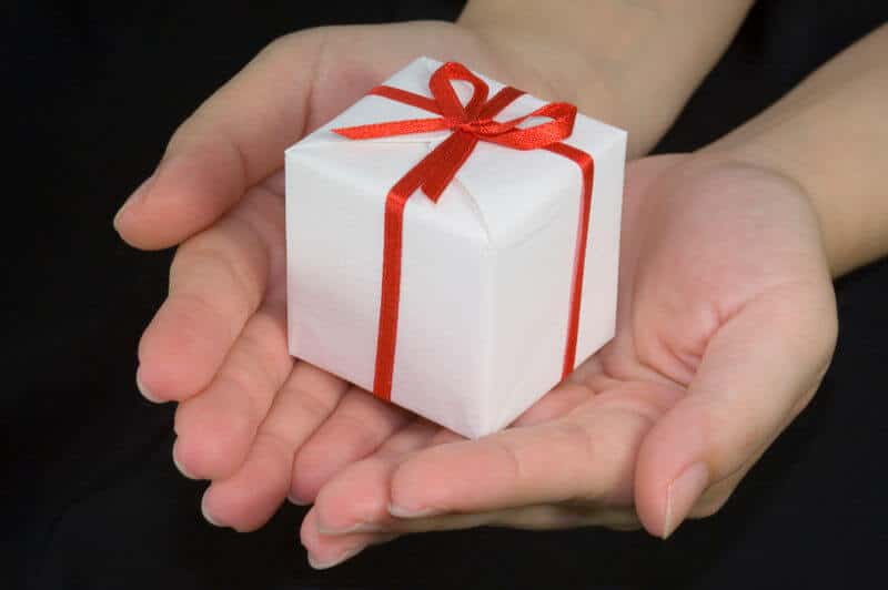 Gifts for Senior Citizens in Assisted Living